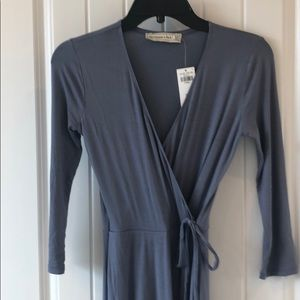 Abercrombie XS new with tags grey/light blue dress